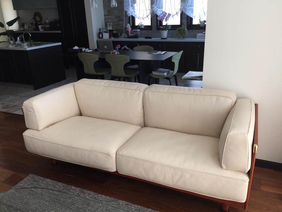sofa-after2.JPG
